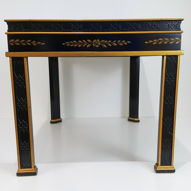 Chinoiserie 1980s Chinoiserie Drexel Hand-Painted Black Lacquer Side Table For Sale - Image 3 of 13
