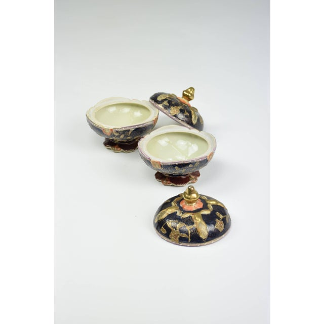 Pair of Antique Japanese Meiji Period Porcelain Trinket or Jewelry Boxes For Sale - Image 12 of 13
