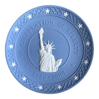 Wedgwood Statue of Liberty Commemorative Plate For Sale