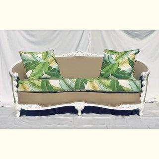1940s Vintage Victorian Sofa Preview