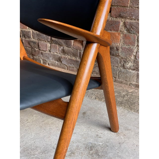 Hans Wegner Sawbuck Chairs Model CH-28 by Carl Hansen 1950s - A Pair For Sale - Image 9 of 13
