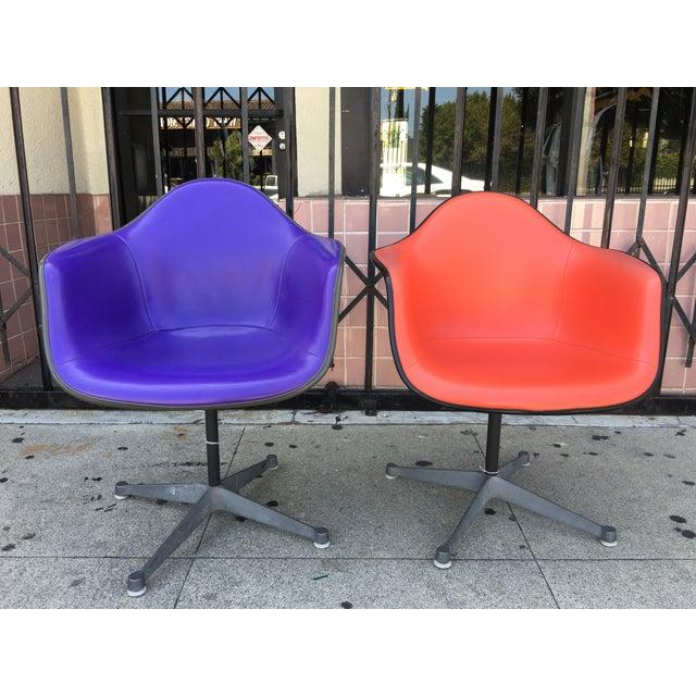Herman Miller La Fonda Chairs - A Pair - Image 4 of 8