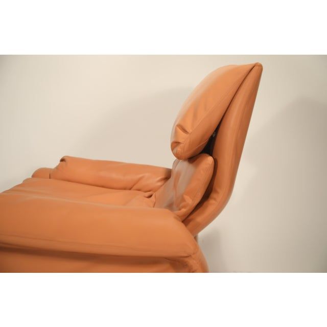Orange 1970s Vintage Giovanni Offredi for Saporiti Lounge Chair and Ottoman For Sale - Image 8 of 13