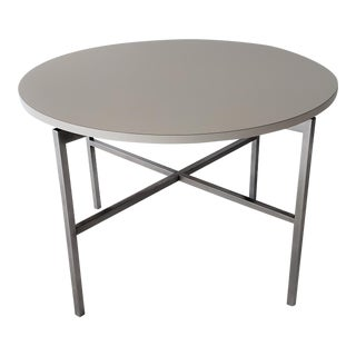 Mid-Century Modern Florence Knoll Round Dining or Conference Table For Sale