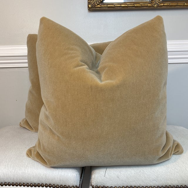 """Mohair Velvet in Wheat 22"""" Pillows-A Pair For Sale - Image 4 of 4"""