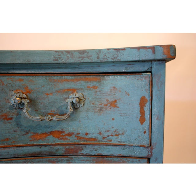 Rustic 1900s Rustic Copper Highlighted Commode For Sale - Image 3 of 5