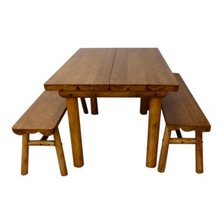 Knotty Pine Rustic Adirondack cabin Ranch or Cottage Dining Table with Benches For Sale