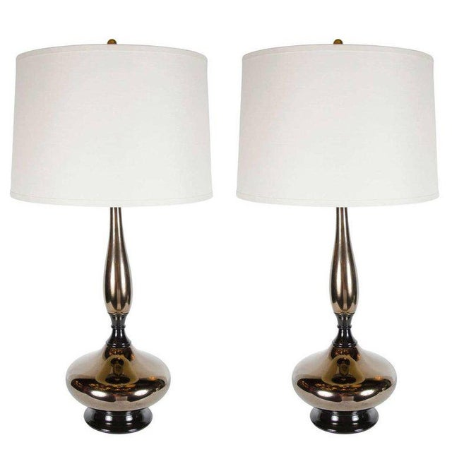 Gold Mid-Century Modernist Stylized Hourglass Form Table Lamp in Bronze Ceramic For Sale - Image 8 of 9