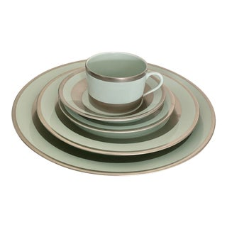 William Celadon Platinum Decorated Contemporary Place Setting by Robert Haviland & C. Parlon Limoges - Set of 5 For Sale