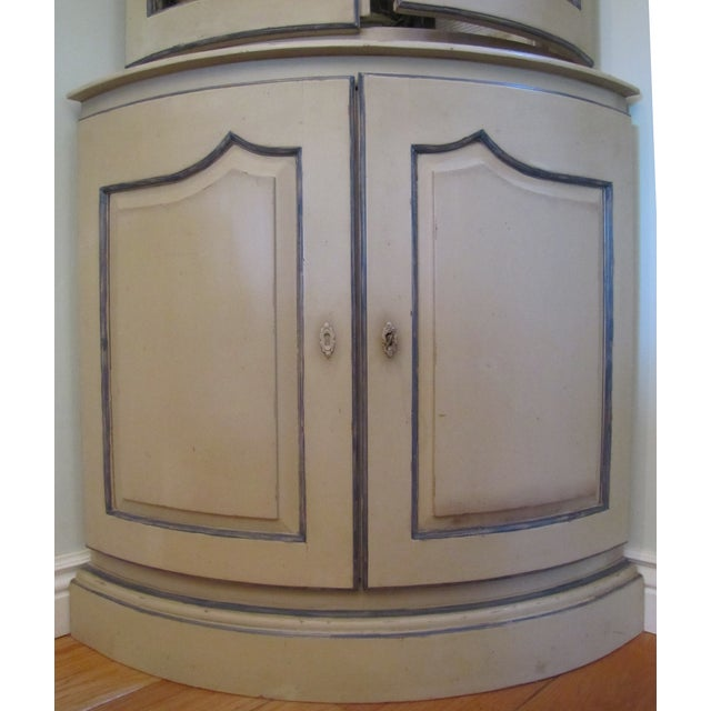French Style Corner Cabinet - Image 4 of 5