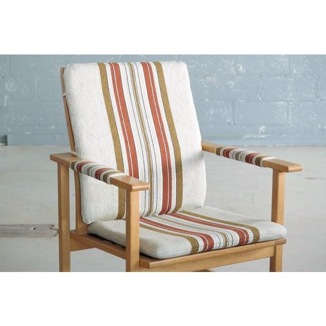 Børge Mogensen Model 2257 1960s Oak Lounge Chair for Fredericia Stolefabrik For Sale In New York - Image 6 of 12