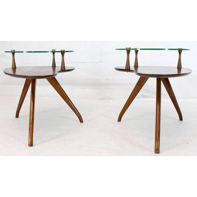 Mid-Century Modern Pair of Kidney Organic Shape Two-Tier Tri-Legged Side Tables For Sale - Image 3 of 10