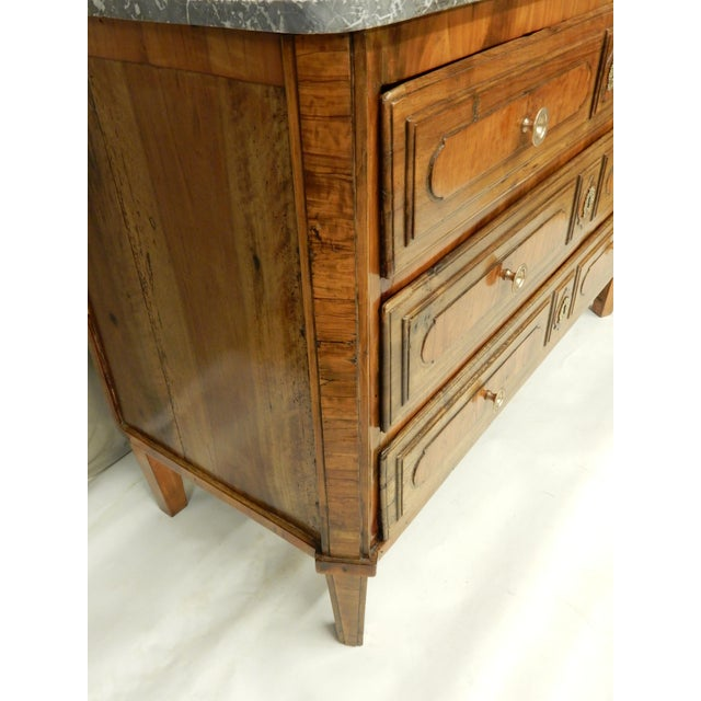 Traditional Early Italian Genoese Walnut and Olivewood 19th c.commode For Sale - Image 3 of 8