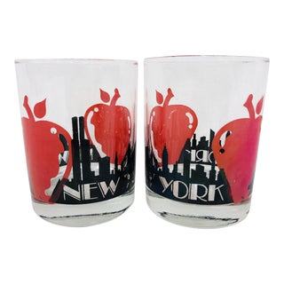 Pair Vintage Nyc Big Apple Cocktail Glasses For Sale