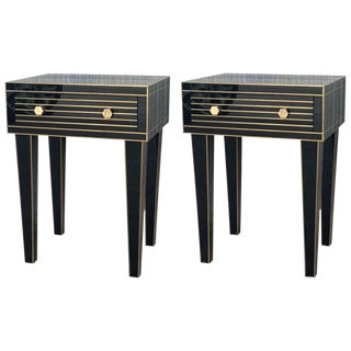 New Mirrored Nightstand in Black Mirror and Chrome With One Drawer For Sale
