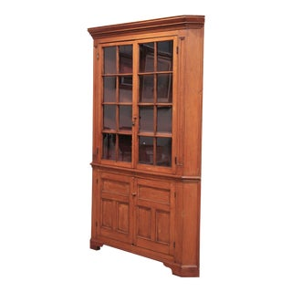 Antique 19th Century American Pine Country Corner Cabinet For Sale