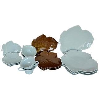 Blue & Brown Leaf Dinnerware - Set of 16 For Sale