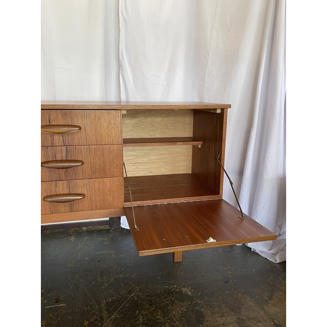 1960s 1960s Mid Century Modern Teak Credenza For Sale - Image 5 of 12