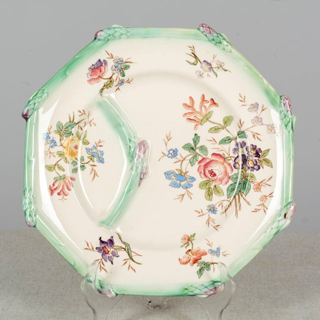 Longchamp French Majolica Asparagus Plates and Serving Set For Sale In Orlando - Image 6 of 13