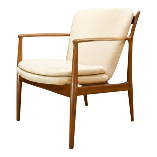 Finn Juhl Walnut Delegate Chair in Original Condition by Baker Furniture Co For Sale