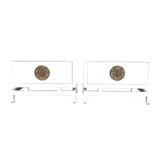 Pair of Lacquered Nightstands/Side Tables by Frank Kyle With Pepe's Mendoza Hardware For Sale