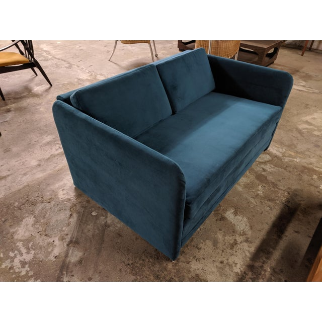 Vintage 1980's Reupholstered Love Seat in Crushed Turquoise Velvet With Rounded Arms For Sale - Image 9 of 9