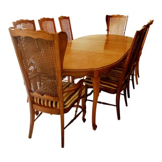 Hickory Manufacturing Co. Dining Room Set For Sale