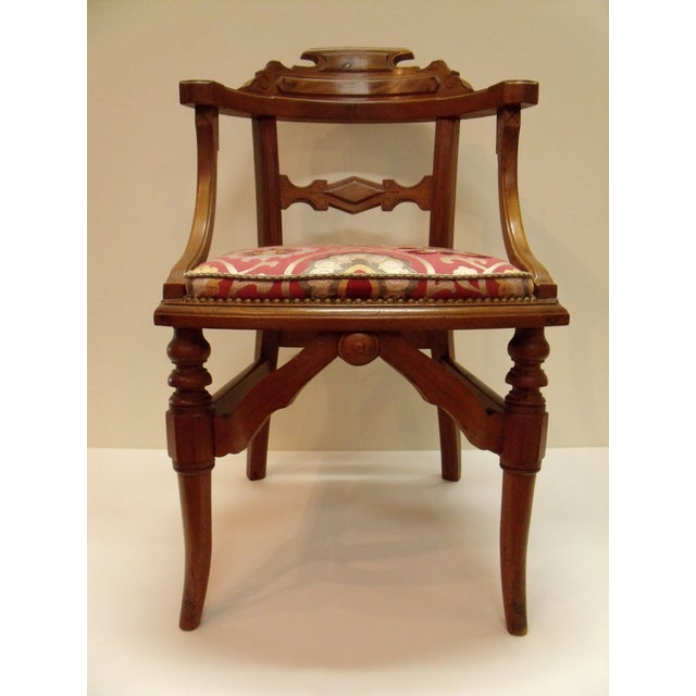 Late 19th Century Eastlake Manuel Canovas Fabric Upholstered Mahogany Desk Chair For Sale - Image 5 of 8