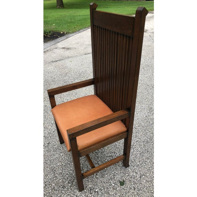 This is a vintage Frank Lloyd Wright Willets House Style Prairie oak armchair. The piece is very heavy and structurally...