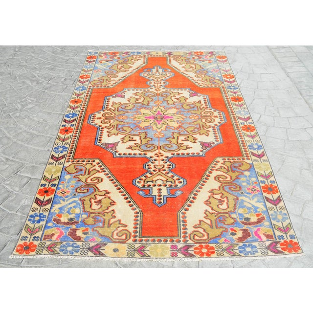 Mid-Century Modern Distressed Area Rug Hand Knotted Colorful Oushak Medallion Rug - 4'4'' X 7'3'' For Sale - Image 3 of 12