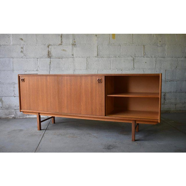 1960s Long Mid Century Modern Teak Danish Credenza Media Stand For Sale - Image 5 of 9