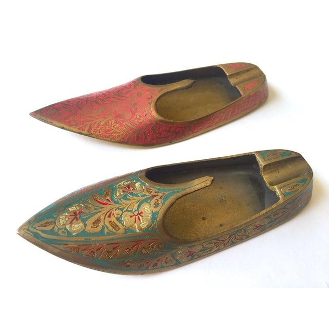 Vintage Mid Century India Cast Brass Incised Enamel Shoes Incense Burner Ashtrays - Set of 2 For Sale - Image 10 of 13
