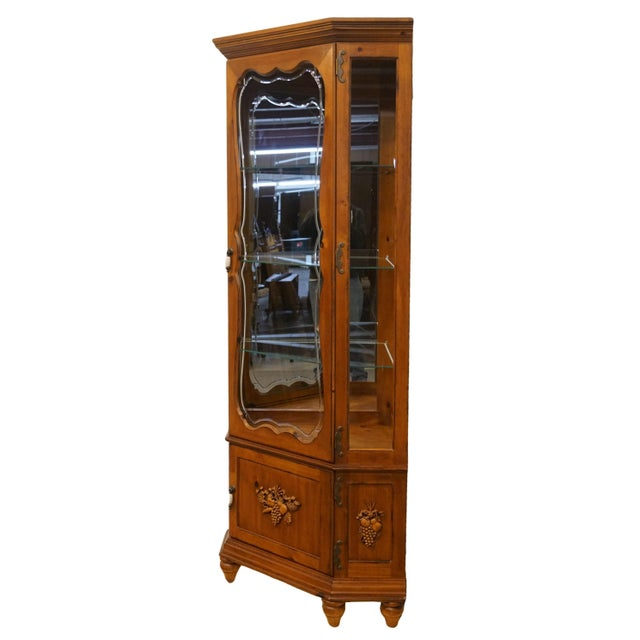 PulaskI Furniture country French corner display curio cabinet. We specialize in high end used furniture that we consider...