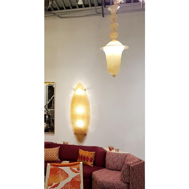 Mid-Century Modern Mid-Century Modern Murano Glass Honey Large Pendant Light by Seguso For Sale - Image 3 of 7