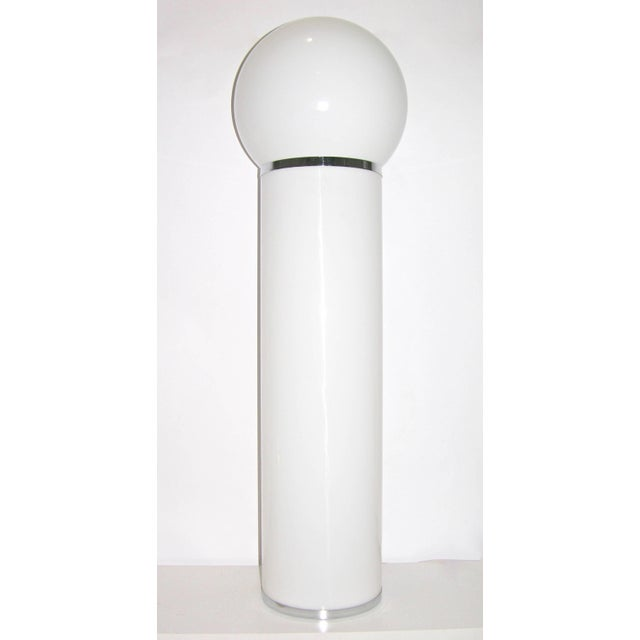 Metal Lom 1960s Italian Minimalist Cylindrical Double Lit White Floor Lamp For Sale - Image 7 of 8