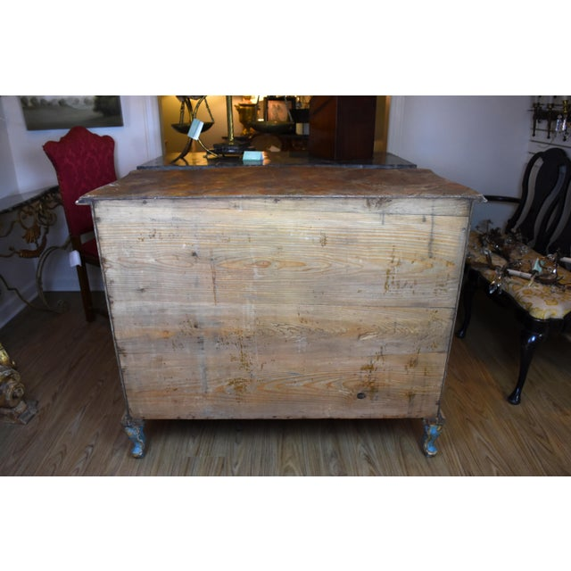 18th Century Italian Painted Chinoiserie Commode For Sale - Image 9 of 12