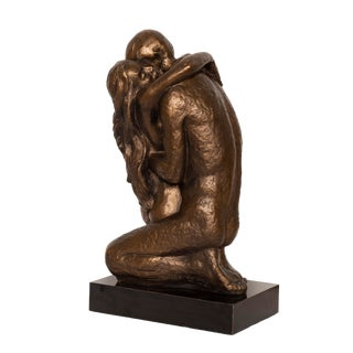 "Austin Productions, ""Couple Embracing"", Bronze Sculpture For Sale"