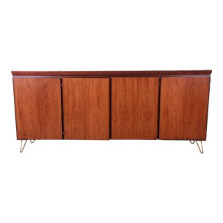 Skovby Møbelfabrik Danish Modern Rosewood Sideboard Credenza on Hairpin Legs For Sale