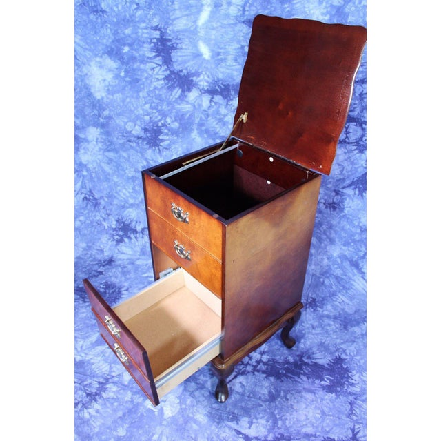This Queen Anne style night stand / filing cabinet is a real beauty. Raised on cabriole legs, it measures 32 inches high,...