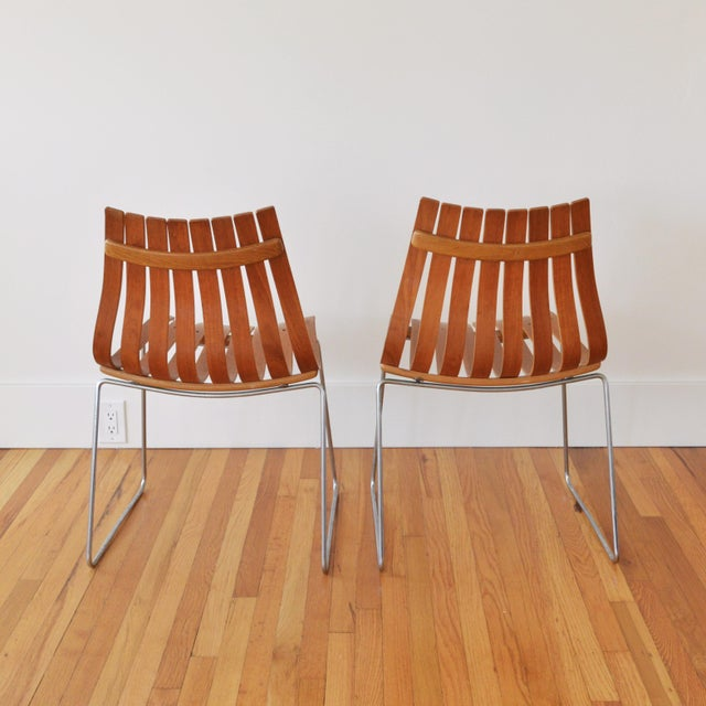 """Hove Mobler 1960s Vintage Hans Brattrud for Hove Mobler Scandia """"Junior"""" Chairs- A Pair For Sale - Image 4 of 6"""