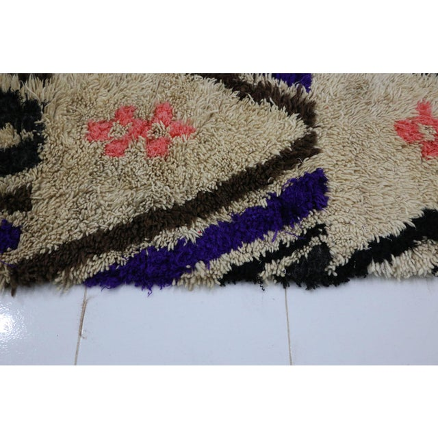 """1980s Moroccan Azilal Rug - 2'6"""" X 5'10"""" For Sale - Image 5 of 6"""