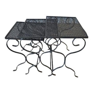 1950s Mid-Century Modern Salterini Wrought Iron Nesting Tables - Set of 3 For Sale
