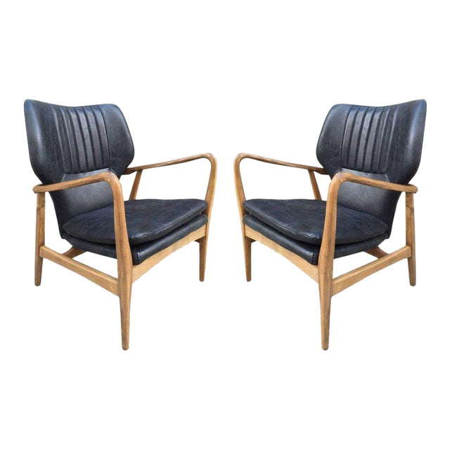 Pair of Bovenkamp Leather Lounge Chairs by Aksel Bender Madsen For Sale