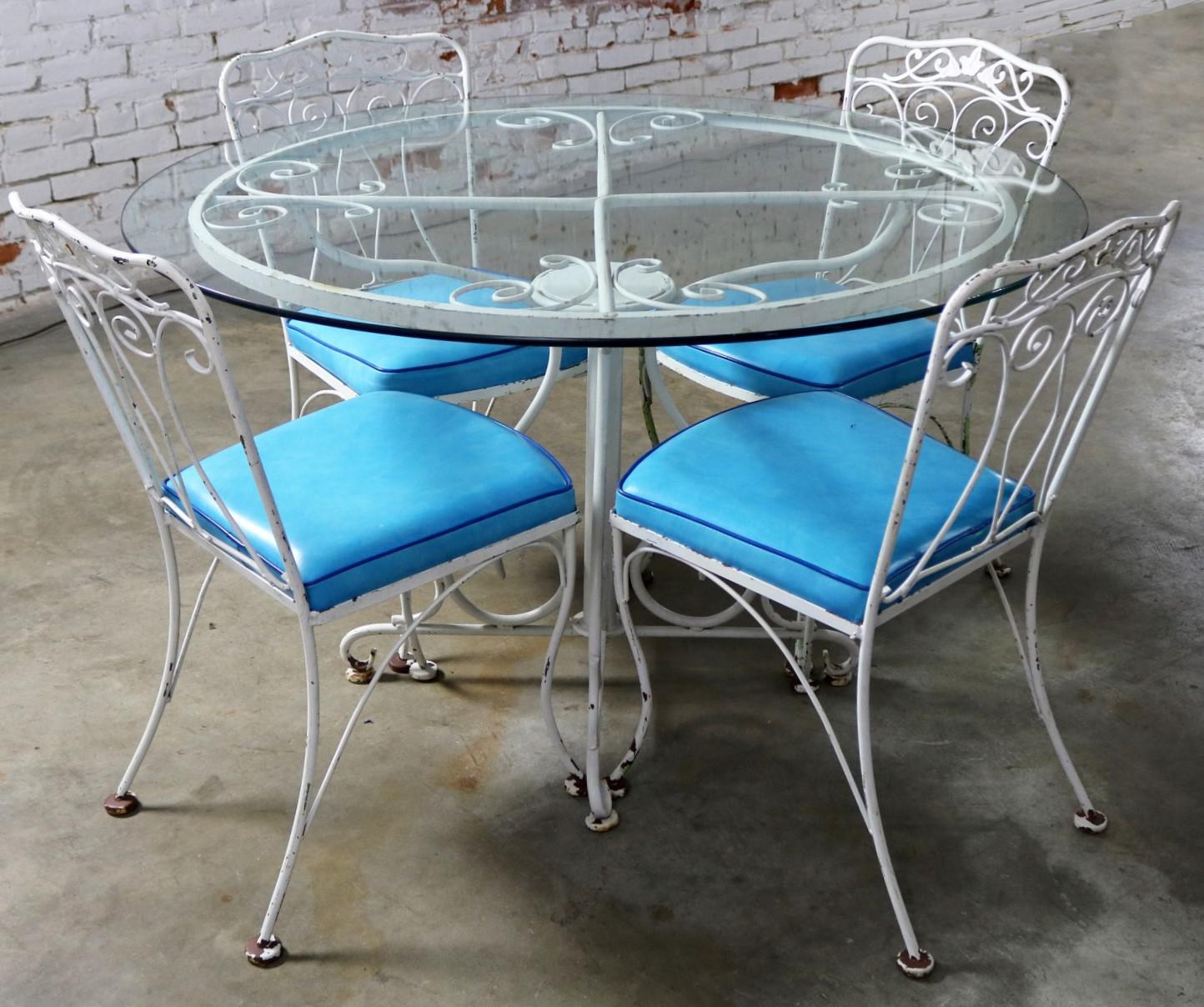 Salterini Style Wrought Iron Patio Set Round Table And Four Chairs With  Turquoise Vinyl Seats For