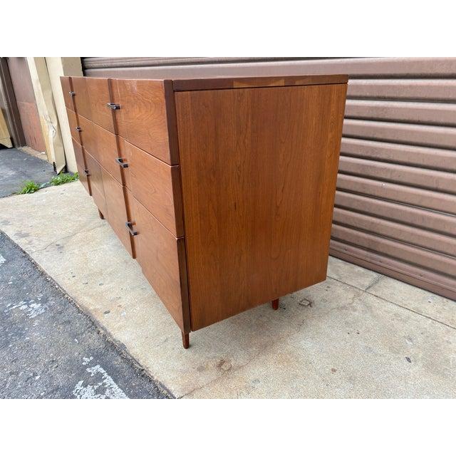 Mid-Century Modern 1960s Kipp Stewart for American Design Foundation Mid Century Modern 6 Drawer Dresser For Sale - Image 3 of 9