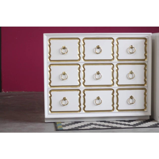 Dorothy Draper Espana Chests Lacquered in Creamy White - a Pair For Sale In Saint Louis - Image 6 of 11