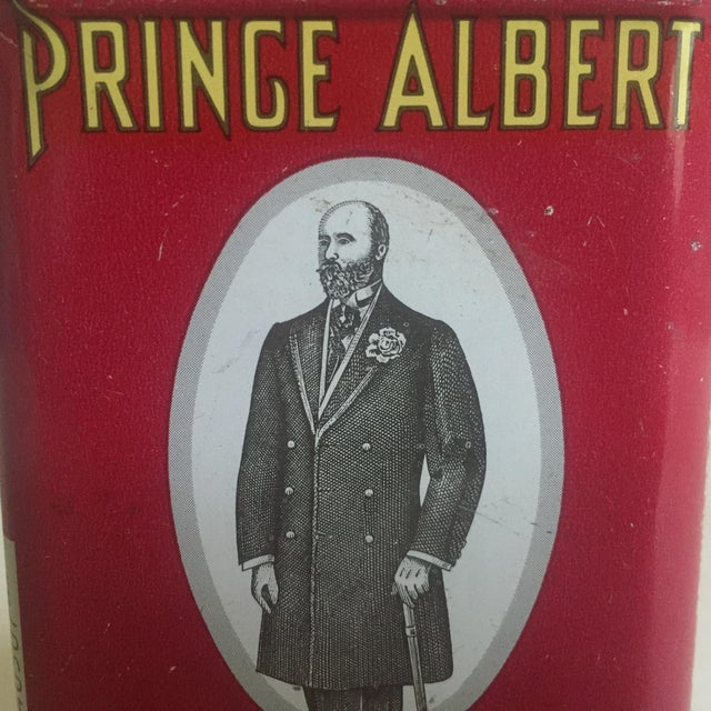 "1970s Vintage 1970's ""Prince Albert Crimp Cut"" Lithograph Tobacco Tin Oval Box For Sale - Image 5 of 11"