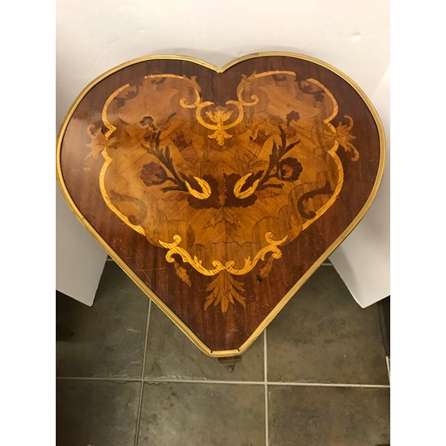 1950s Italian Marquetry Inlaid Heart Shaped End Table For Sale - Image 10 of 12