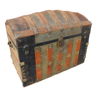 Early 20th Century Humpback Trunk