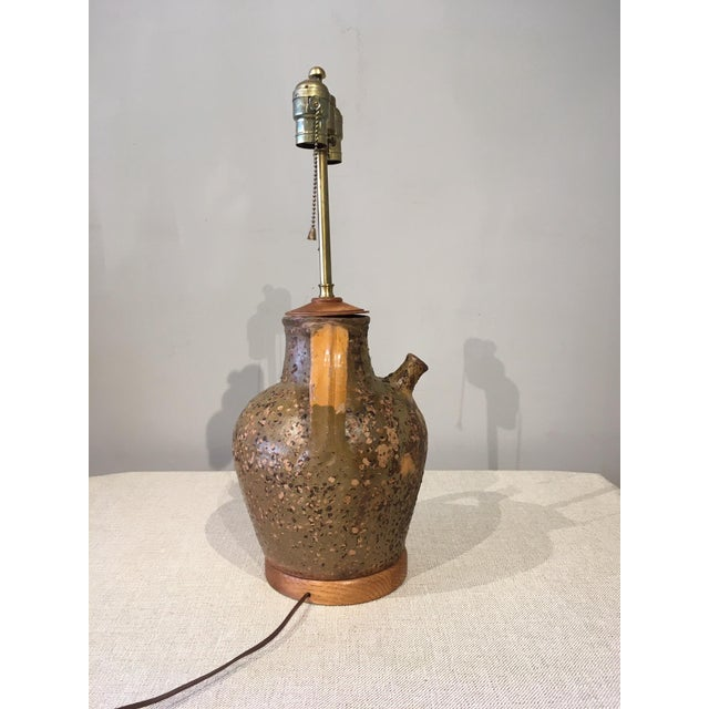 Mid-Century Modern Ceramic Jug Lamp For Sale In Chicago - Image 6 of 10